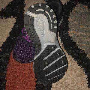 Brooks Shoes - Brooks Revel 2